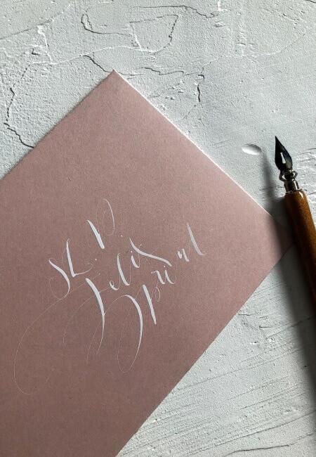 koperta dusty pink _ designyourwedding kaligrafia