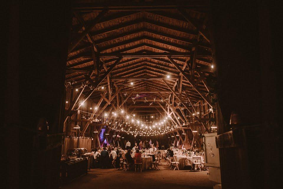 Rustykalne Wesele W Stodole Design Your Wedding