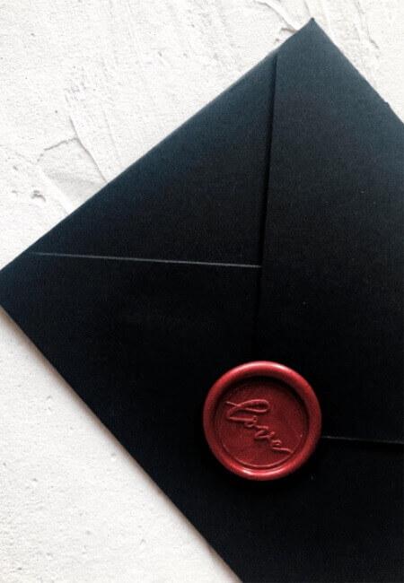 koperty ze stemplem lakowym