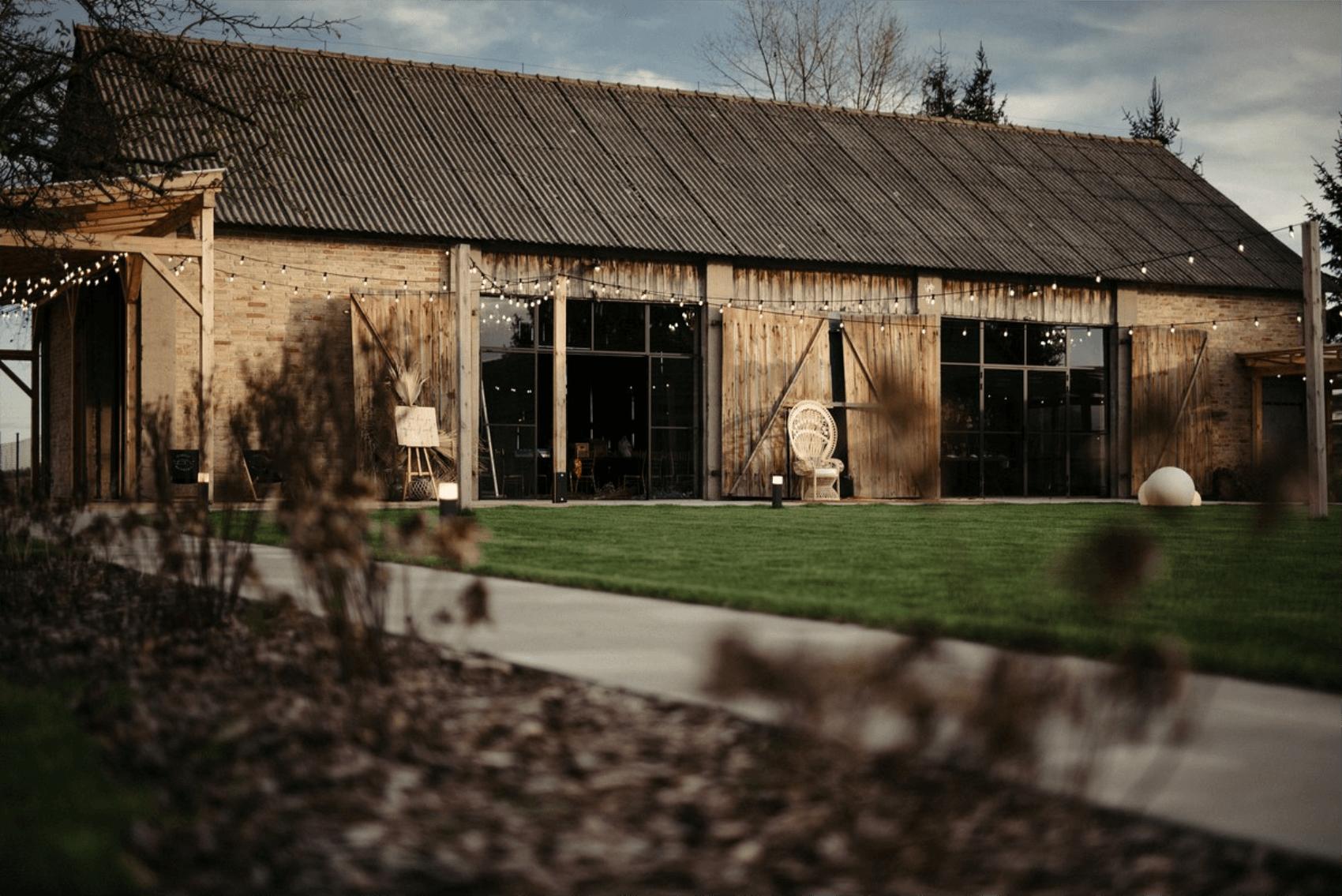 stodoła mazanówka ślubna sesja design your wedding inlove